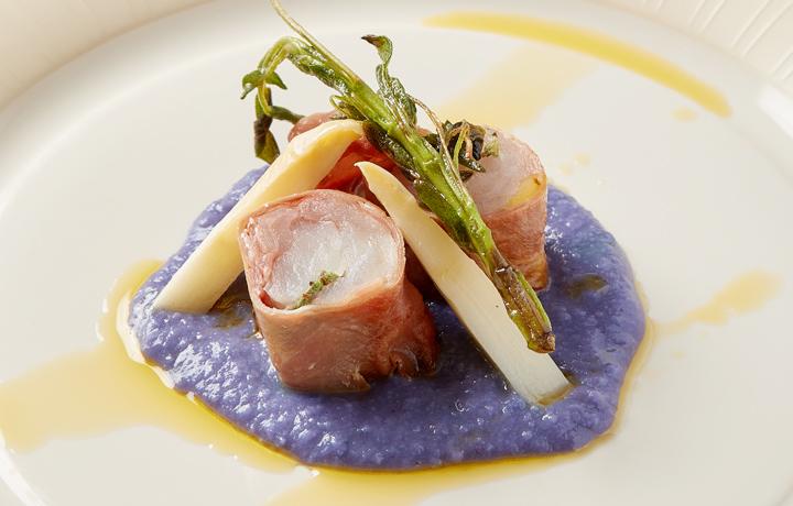 魚アンコウ巻き料理